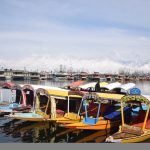 With Rs 1k Cr Loss, Kashmir Boat Owners Woo Karnataka Tourists