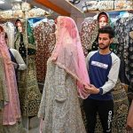 """""""Not Much To Celebrate"""": Kashmiris Trim Big Weddings After Restrictions"""