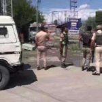 Jammu and Kashmir: CRPF trooper, woman injured in Srinagar grenade attack