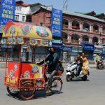 As Non-Local Labourers Flee Kashmir, Dev Works Brought To Grinding Halt